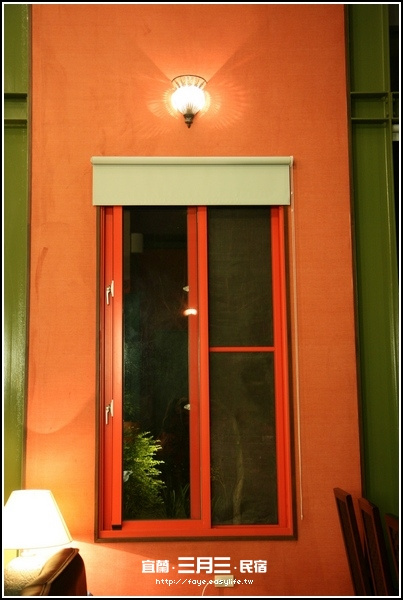 宜蘭羅東【三月三旅店】。大廳
