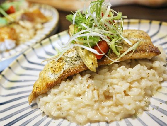 台南【二號島廚房ISLAND 2 KITCHEN】。本地食材x西式料理,迸出氛圍獨特的老屋餐酒館